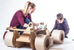 Ideas para jugar reciclando – Coche de cartón