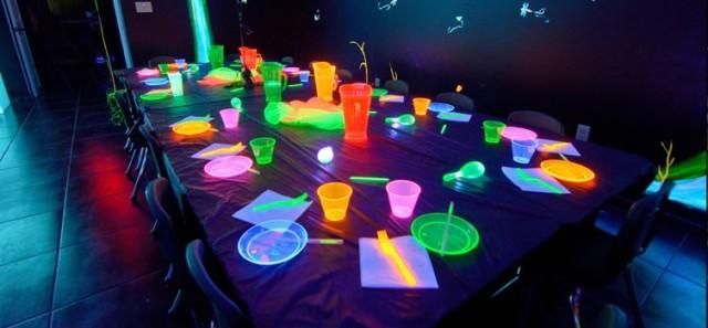 Fiesta infantil de con mucha luz y color