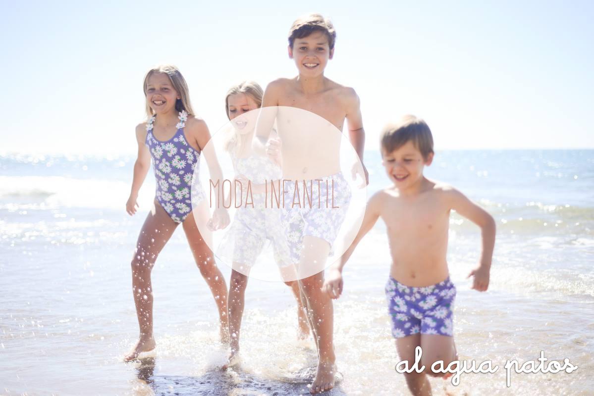 ¡Al agua patos! – Tendencias en ropa de baño infantil