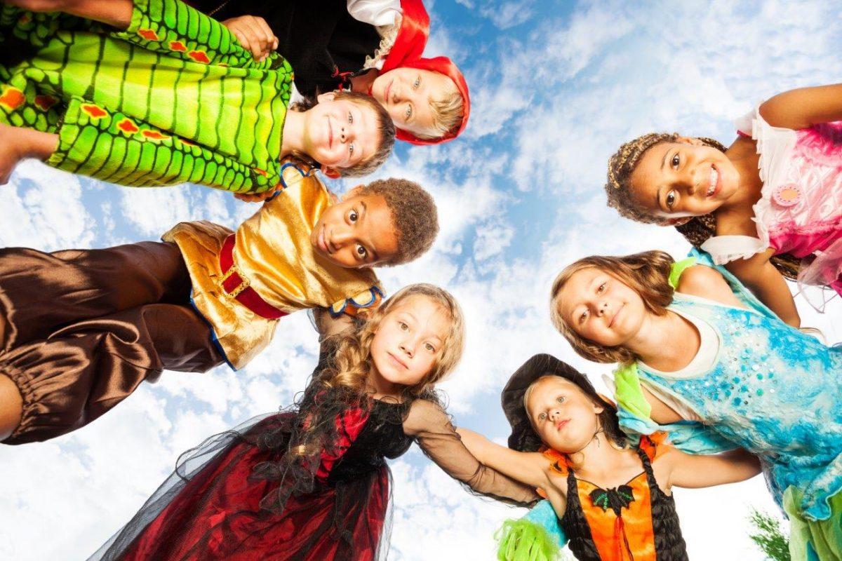 Buscando los mejores disfraces para Carnavales